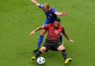 Евро-2016: минимальные победы Хорватии и Польши