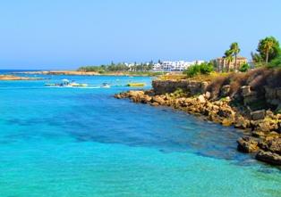 В 2016 году Кипр ожидает принять рекордное число туристов