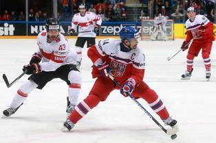 ЧМ по хоккею: Чехия по буллитам побеждает Швейцарию, разгромные победы Латв ...