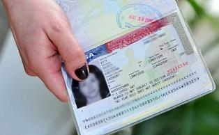 США начали запрашивать доступ к соцсетям при оформлении визы