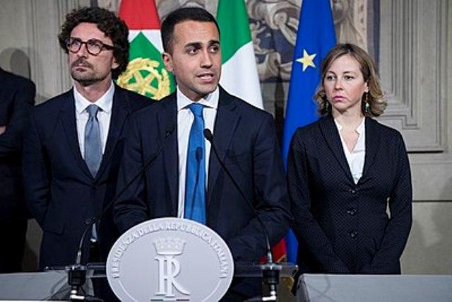 Вице-премьер Италии от путинских популистов предложил ввести санкции против Франции