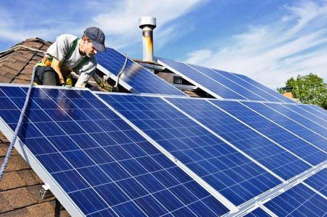 В Украине решили бороться с домашними солнечными электростанциями