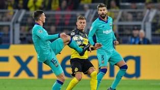 Лига Чемпионов: нули в Дортмунде, Наполи обыграл Ливерпуль