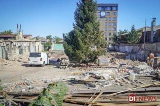 В Днепре продолжают уничтожать исторические здания