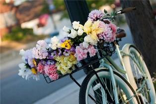 Быстрая доставка цветов в Одессе от Flora24.com.ua – всегда трендовые композиции