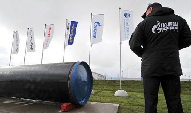 Ограничатся Северным потоком-2: Fitch оценил вероятность новых санкций против РФ