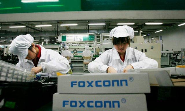Крупнейшие IT-компании безуспешно пытаются перенести производство из Китая
