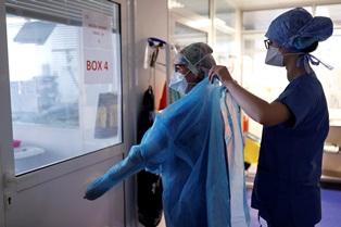Выход из карантина: во Франции резкий рост инфицирования COVID