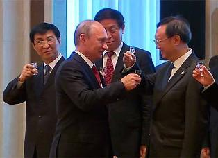 Газпром подписал контракт с Китаем