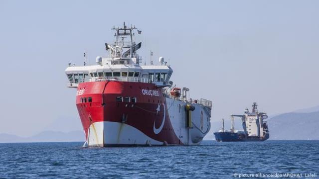 Меркель удалось приостановить газовый конфликт между Грецией и Турцией