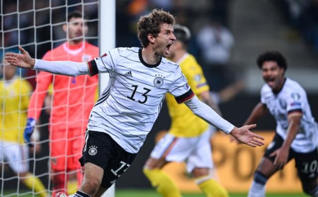 ЧМ-2022: Германия с трудом обыграла Румынию, первая победа Эстонии