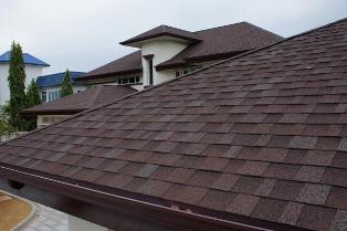 О достоинствах и недостатках популярных покрытий для крыши