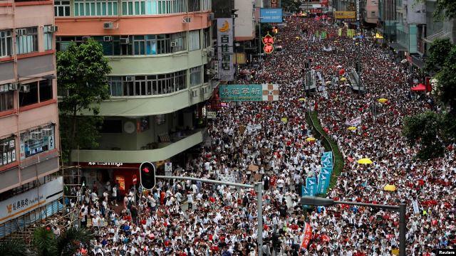Более 1 млн жителей Гонконга протестуют против очередных репрессивных мер со стороны Китая