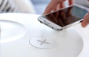 IKEA выпускает мебель с подзарядкой для смартфонов