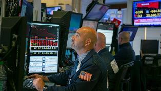 Начало кризиса: в США сработал самый надежный показатель рецессии