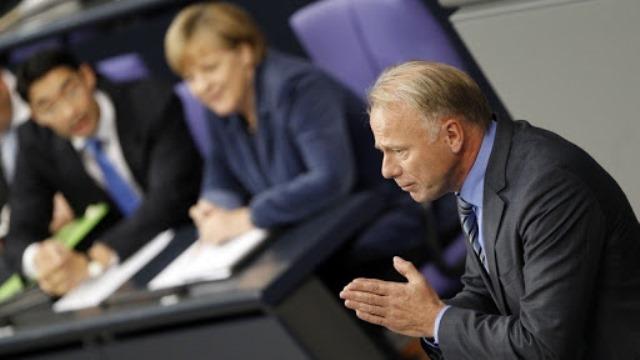 Депутат немецкого парламента призвал ЕС арестовать активы российских олигархов