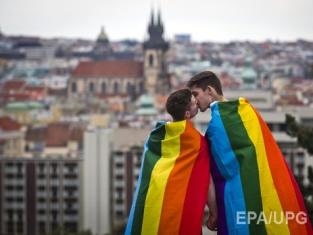 Исследование: кем вырастут дети ЛГБТ-родителей?