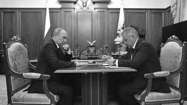 Что на самом деле произошло на российской подлодке АС-12?