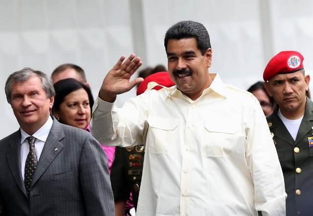 Венесуэла передала добычу нефти россиянам и китайцам