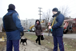 В Мариуполе сотрудники милиции занимаются вооруженным грабежом