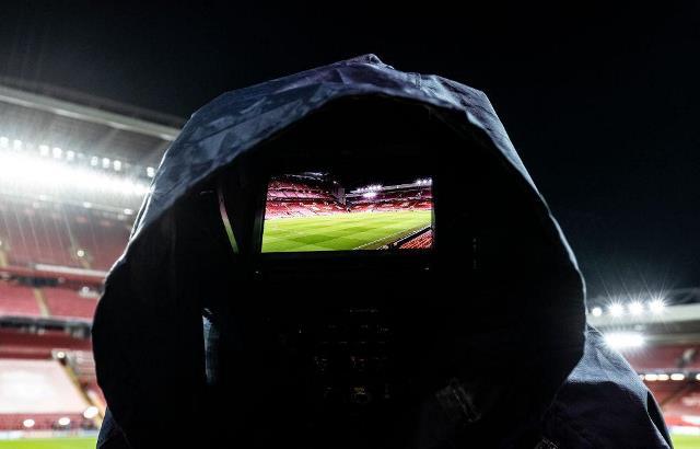 Поощрение пиратства: что не так с платными трансляциями матчей ЛЧ на Megogo