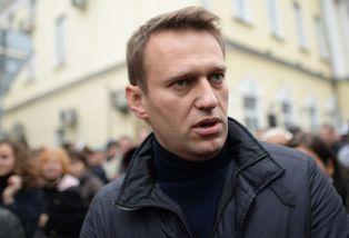 Навальный рекомендует США не поставлять оружие Украине