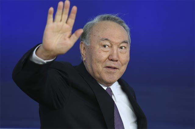Втайне от РФ: что стоит за отставкой Назарбаева?