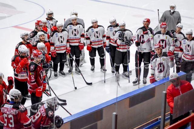 """В белорусском хоккейном клубе """"Неман"""" вспышка коронавируса"""