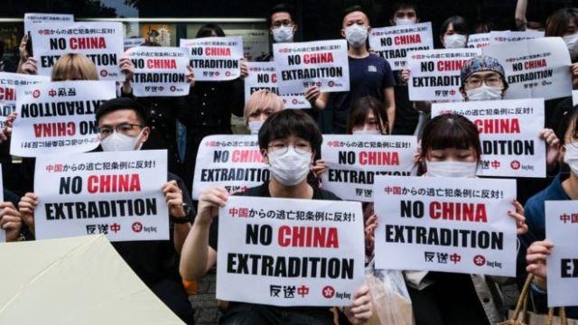 Протестующие в Гонконге добились отзыва скандального законопроекта