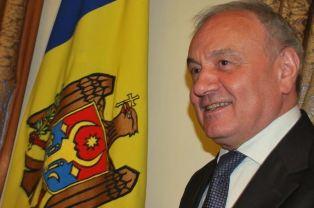Президент Молдовы настаиваетна выводе российских войск из Приднестровья