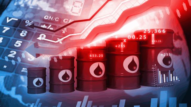 Нефть продолжает падение: цены за день снизились на 5%