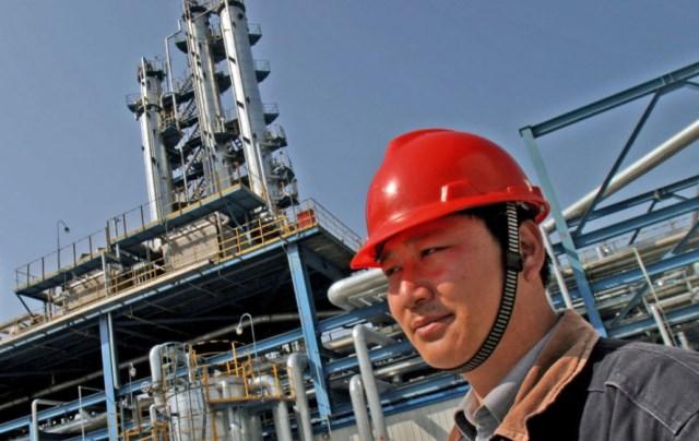 Китай удвоил закачку дешевеющей нефти в собственные резервы