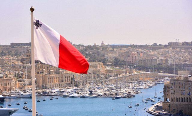Мальта изменила условия получения золотых паспортов