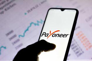 Платежная система Payoneer станет публичной через слияние с SPAC