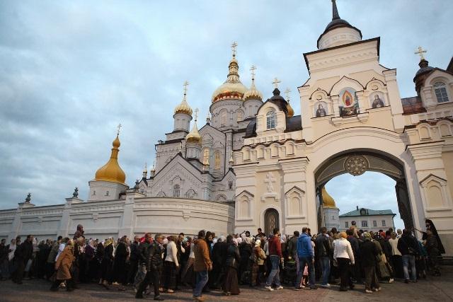 В Украине закрывают на карантин целый город из-за нарушений со стороны РПЦ