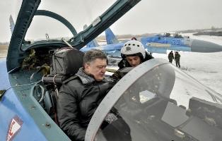 В зоне АТО идет подготовка к весенней кампании, Порошенко заявляет о полной ...