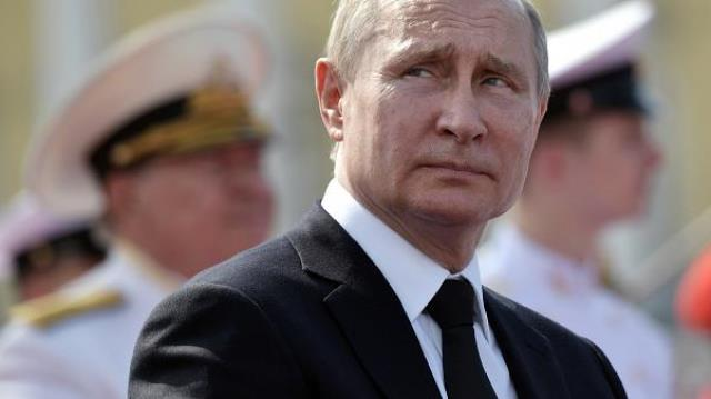 20 лет у власти: кремлевские элиты хотят немедленной отставки Путина?