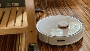 Незаменимый помощник в уборке: как выбрать робот-пылесос?