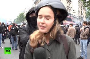 Журналистка Russia Today в Париже получила пощечину в прямом эфире