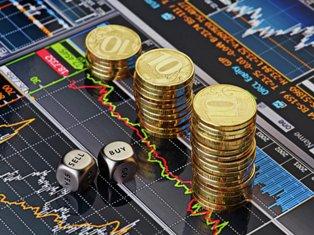 В ожидании санкций: курс рубля упал до 2-летнего минимума