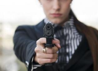 Безоружные рабы: почему украинская власть запрещает право на самозащиту?