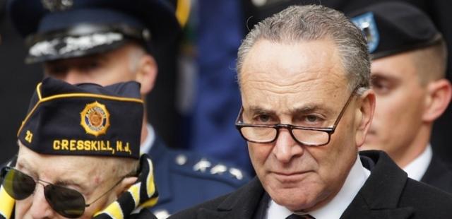 Сенаторы-демократы требуют срочно ввести новые санкции против РФ