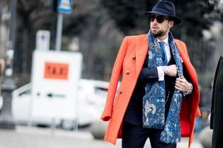 Шарф остается главным трендом мужской моды