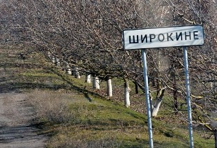 Не все за ДНР: жительница Широкине ставит на место боевиков. Видео