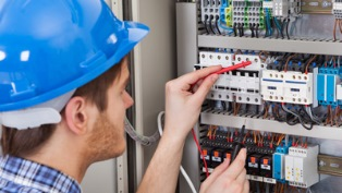 Оптимальное решение для квартиры: как выбрать щит для электрики