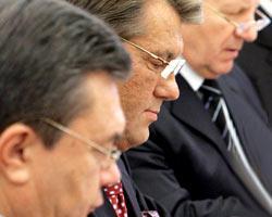 Президент обвинил В.Януковича и А.Мороза в шулерстве