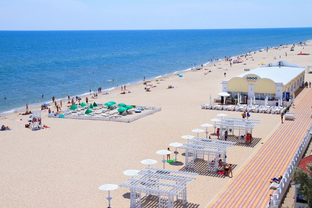 На курортах Украины устанавливается жаркая сухая погода