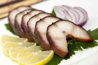 Чем полезны блюда из жирных сортов рыбы?