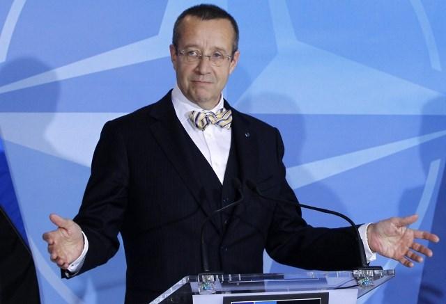 Бывший президент Эстонии призвал запретить россиянам въезд в ЕС