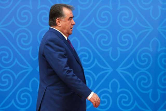 Диктаторы-долгожители: в каких странах лидеры у власти находятся дольше всего
